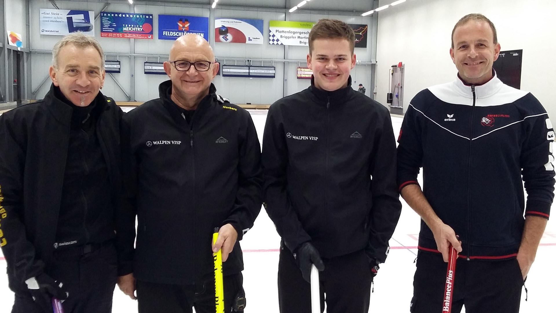 """Curling: Spannung bis zum Schluss in """" Iischi Arena"""""""