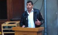 In Stalden eröffnete Gemeindepräsident Egon Furrer das neue Jugendhaus.